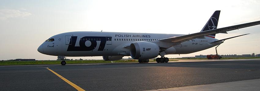 Delhibe indít új járatot a LOT