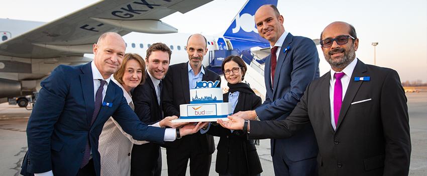 Az ünnepélyes járatindításon részt vett Pascale Andréani,  Franciaország budapesti nagykövete, Jost Lammers, a Budapest Airport vezérigazgatója, Thijs Komen, az Air France KLM a régióért felelős vezérigazgatója, valamint Jean-Michel Mathieu, a JOON vezérigazgatója is.