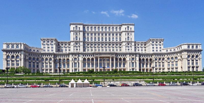A grandiózus méretű Román Parlament