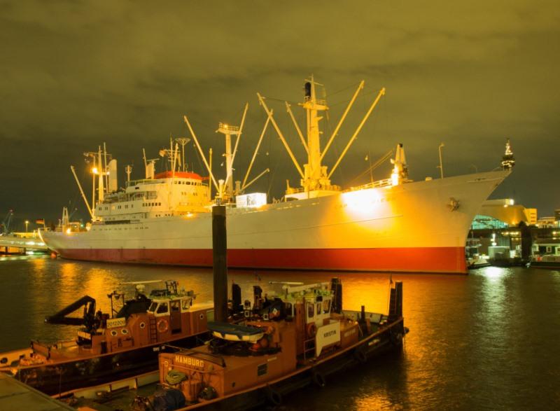 A hamburgi kikötőben múzeumhajóként szolgáló Cap San Diego
