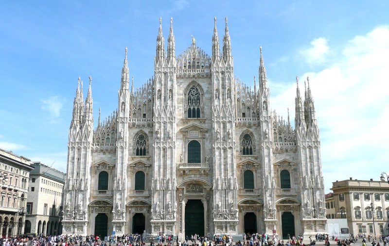 A város legnagyobb egyházi építménye, a Dóm
