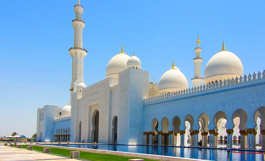 A hatalmas méretéről híres a Zayed Sejk Mecset