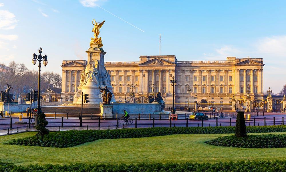 Buckingham Palota - a brit uralkodói család palotája London belvárosában