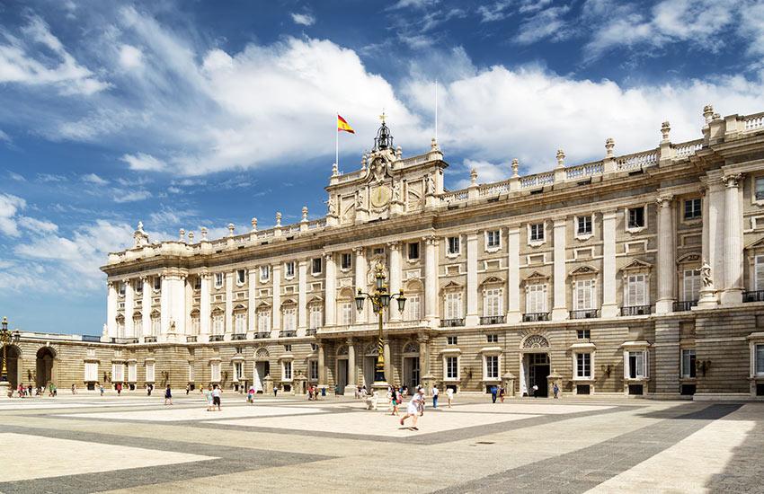 A Spanyol Királyi Család székhelye, a Királyi Palota